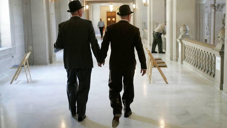 In der bz-Umfrage verraten die Parteipräsidenten, wie sie zur Homo-Ehe stehen. (Symbolbild)