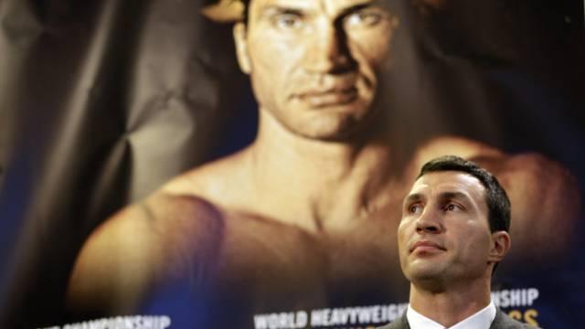 Wladimir Klitschko lässt sich Zeit mit der Heirat (Archiv)