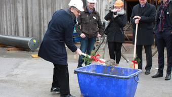 Der Grundstein für das Prattler Aquila-Hochhaus ist gelegt