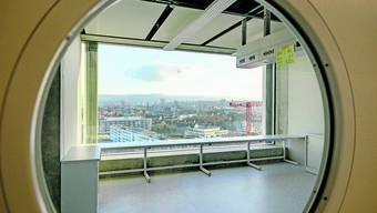 Eigentlich hätte das Biozentrum der Universität Basel Ende 2017 fertig sein sollen. Die Eröffnung wurde bereits drei Mal verschoben.