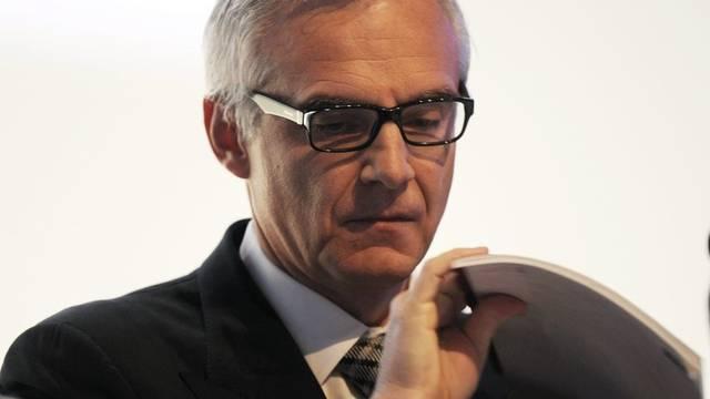 CS-Präsident Urs Rohner hält nichts von einer Abspaltung des Investment Bankings (Archiv)