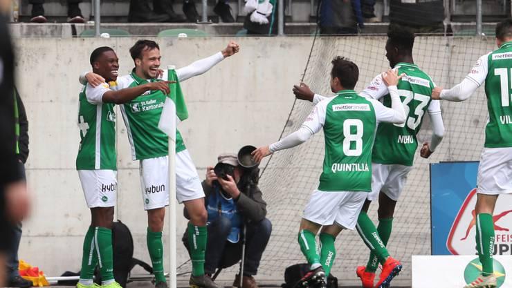 Der FC St. Gallen feiert gegen Sion einen wichtigen Sieg