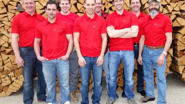 Betriebsleiter Kilian Bader (links) mit seinen Mitarbeitern