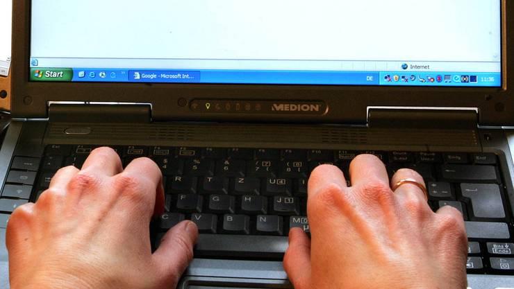 Der SIG klagt gegen antisemitische Online-Kommentare.