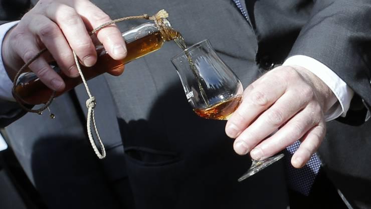 Das Auktionshaus Sotheby's hat einen sehr seltenen Cognac versteigert. (Symbolbild)