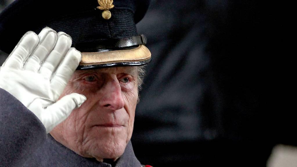 Der Herzog von Edinburgh, Prinz Philip, ist im Alter von 99 Jahren gestorben. Das teilte der Buckingham-Palast am 09.04.2021 in London mit. Foto: Steve Parsons/PA Wire/dpa