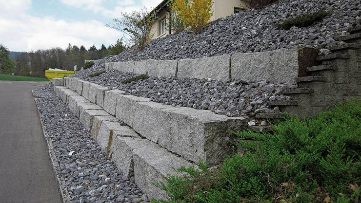 Bettlach will Vorschriften zur Begrenzung von Steingärten erlassen und folgt damit einem Antrag der SP.