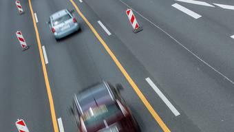 Ein Schweizer Autofahrer hat sich auf der deutschen Autobahn daneben benommen. (Symbolbild)