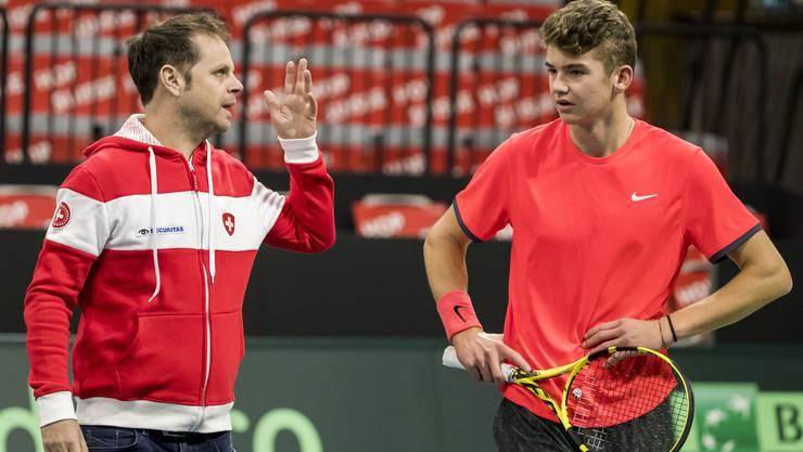 Jérôme Kym im Davis-Cup-Training mit Coach Severin Lüthi