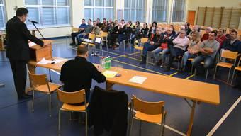Gretzenbach, Informationsveranstaltung Asylunterkunft Täli