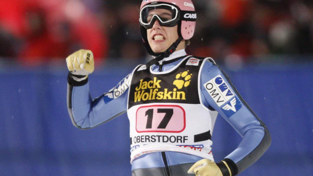 Lukas Müller stürzte beim Einfliegen schwer erlitt gravierende Rückenverletzungen