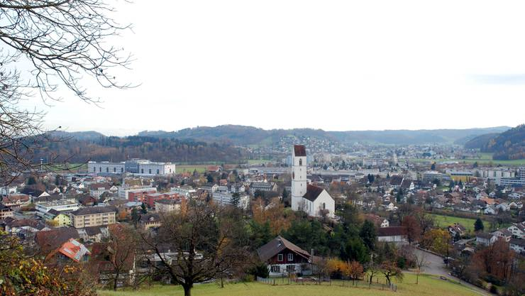 Die Gemeinde Suhr, vom Suhrerkopf her fotografiert, machte einen Umsatz von 33,4 Millionen Franken.