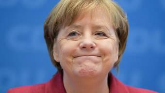 Bundeskanzlerin Angela Merkel ist nun an den zwei längsten deutschen Regierungsbildungen beteiligt gewesen (Archiv)