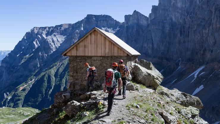 Alpinisten bei der Grünhornhütte SAC.