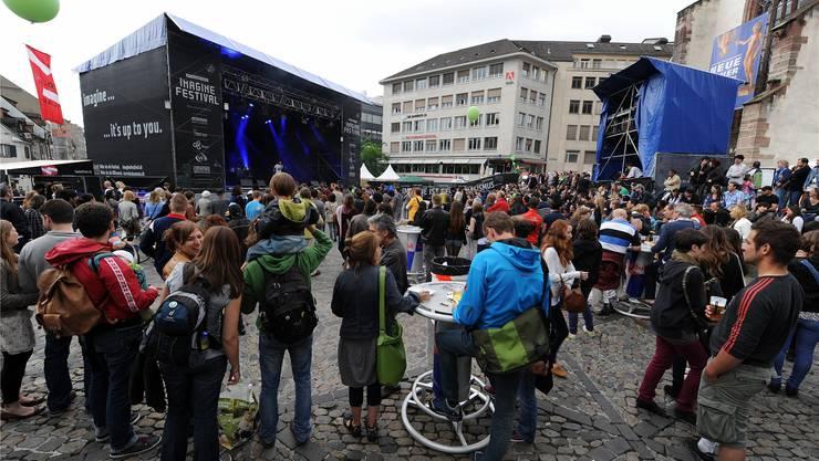 Bunter Programm-Mix: Von Schnitzelbängg bis Rock.