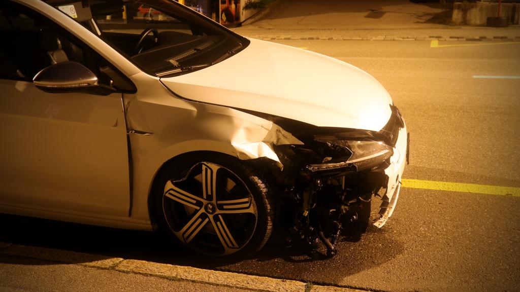Ein betrunkener 21-Jähriger richtete grossen Sachschaden an