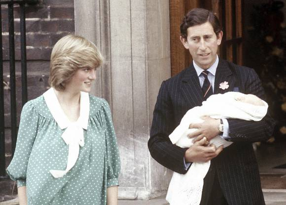 Der erste Sohn und damit der Kronprinz Prinz William kam 1982 zur Welt.