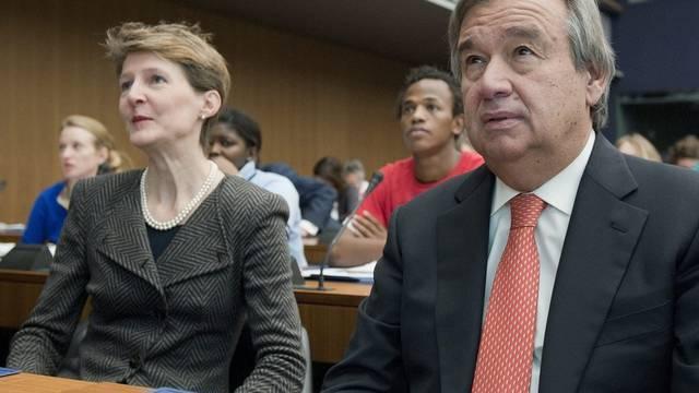 Bundesrätin Simonetta Sommaruga und UNO-Hochkommissar Antonio Guterres am Schweizer Asylsymposium