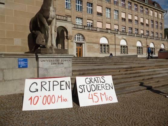Die JUSO Kanton Zürich zeigt, wie teuer der Gripen-Kauf im Vergleich mit Gratis-Studium wäre.
