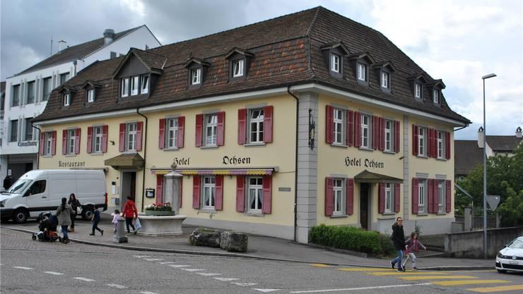 Der «Zottelbär» zügelt in das ehemalige Hotel Ochsen. Nadine Böni
