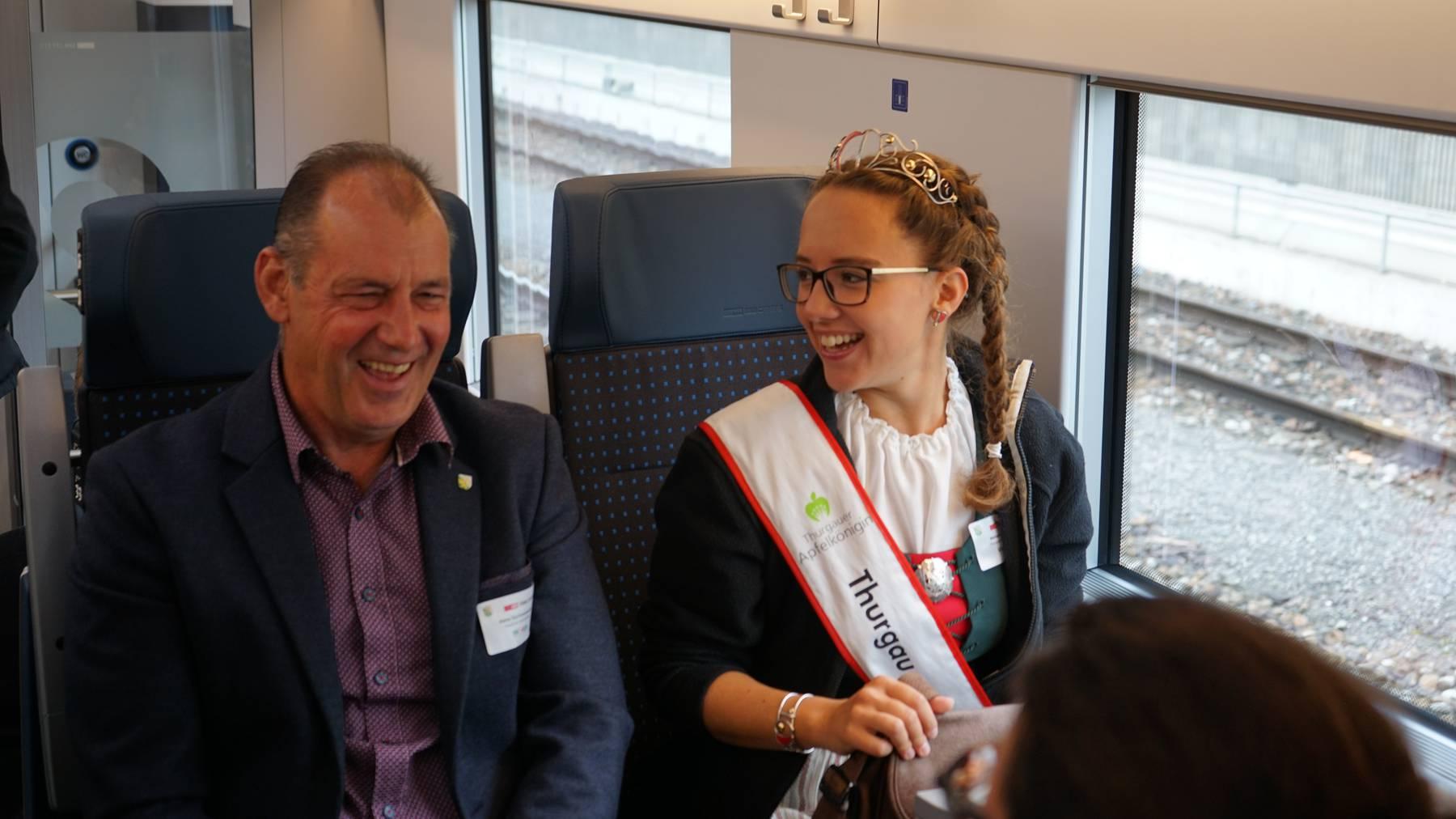 Thurgauer Apfelkönigin zufrieden mit neuem Giruno-Zug