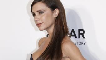 Ab September kann Frau nicht nur Victoria Beckhams Kleider tragen, sondern sich auch schminken wie die Stilikone. (Archivbild)