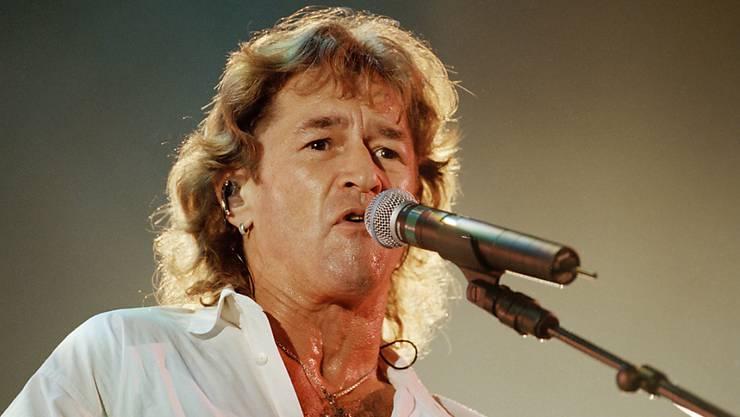 Der Sänger und Gitarrist Peter Maffay feiert einen gelungenen Tournee-Auftakt. (Archivbild)