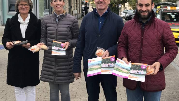 Die ehemalige Grossrätin Alice Liechti- Wagner mit den Grossratskandidaten der CVP Bezirk Laufenburg: Barbara Hürlimann, Werner Müller und Daniele Mezzi.