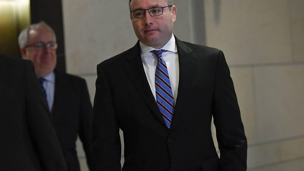 Der Geheimdienstausschuss des US-Repräsentantenhauses hat die Mitschrift einer Anhörung mit dem Ukraine-Experten im Nationalen Sicherheitsrat, Alexander Vindman, veröffentlicht.