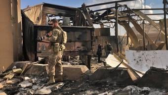 Iranische Raketen legten bei einem Angriff in der vergangenen Woche Teile eines Luftwaffen-Stützpunktes im Irak in Schutt und Asche. (Archivbild)
