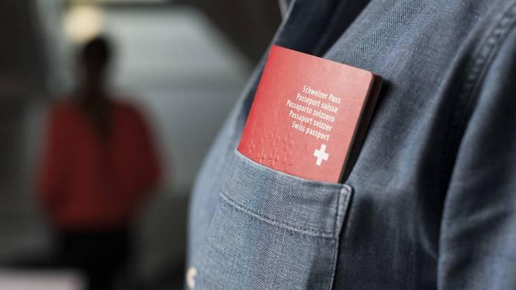 Das Schweizer Bürgerrecht führt zu einem höheren Lohn.