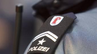 In Rünenberg BL ist ein mutmasslich falscher Polizist verhaftet worden. (Symbolbild)