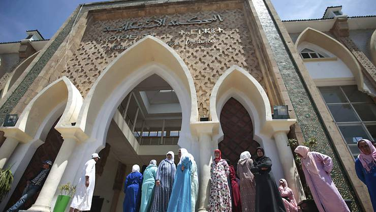 Vor dem Gericht in Salé nahe der marokkanischen Hauptstadt Rabat.