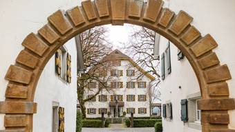 Hängt der Haussegen im Schloss Böttstein schief? Frühere Angestellte reden von inakzeptablen Arbeitsbedingungen. Die Besitzerin wehrt sich.
