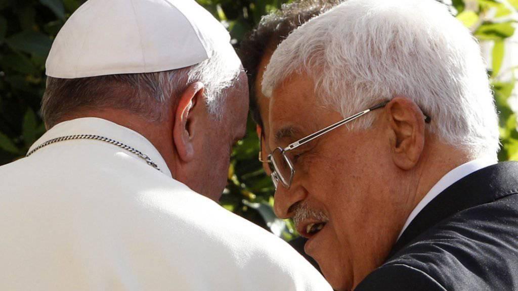 Papst Franziskus hat Palästinenserpräsident Mahmud Abbas im letzten Jahr in Rom empfangen. (Archiv)