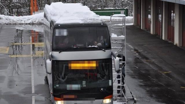 Fahrendes Schneebrett!