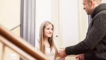 In den meisten Fällen haben nachbarschaftliche Unstimmigkeiten keine Konsequenzen: 31 Prozent der Befragten suchen bei Ärger einfach das Gespräch. (Archivbild)