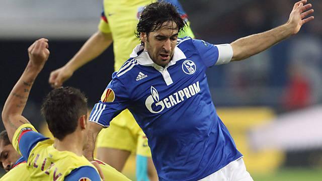 Rauls Treffer zum 2:1 bescherte Schalke 04 den Gruppensieg