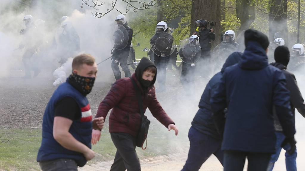 Massentreffen in Brüsseler Park eskaliert erneut - 132 Festnahmen