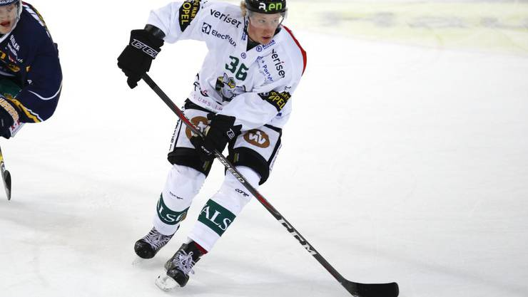 Colin Gerber im Dress des EHC Olten.