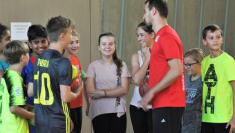 Handballprofis im Schulsport