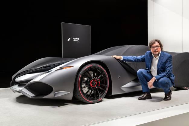 Andrea Zagato mit einem Auto von Iso Rivolta