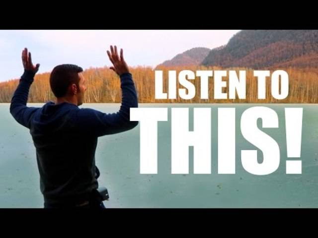 Unbedingt mit Ton anschauen: Steine auf einem zugefrorenen See springen lasse und einfach nur zuhören.