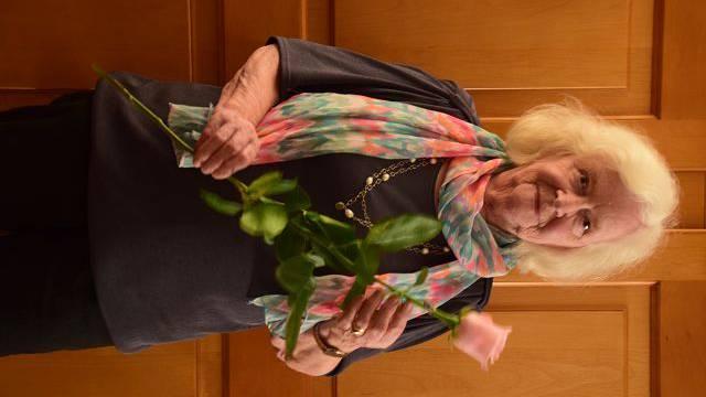 Zu 50 Jahren Sängertätigkeit wurde Hedwig Lang herzlich gratuliert.