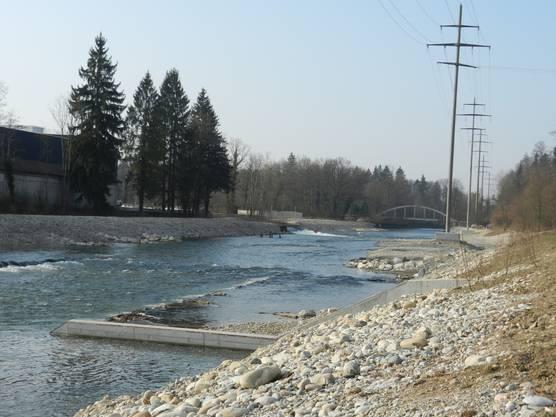 Die neue rund 50 Meter lange so genannte Bockrampe ermöglicht den Fischen die Wanderung emmeaufwärts