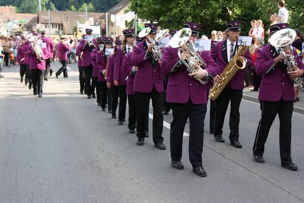 Der Gastverein aus Inkwil, Kanton Bern, war einer von vier Vereinen, die am Paradewettbewerb Evolutionen zeigten
