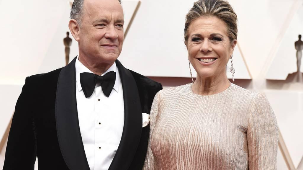 Corona macht auch vor Promis nicht Halt: US-Schauspieler Tom Hanks und Ehefrau Rita Wilson haben sich mit dem Virus infiziert.