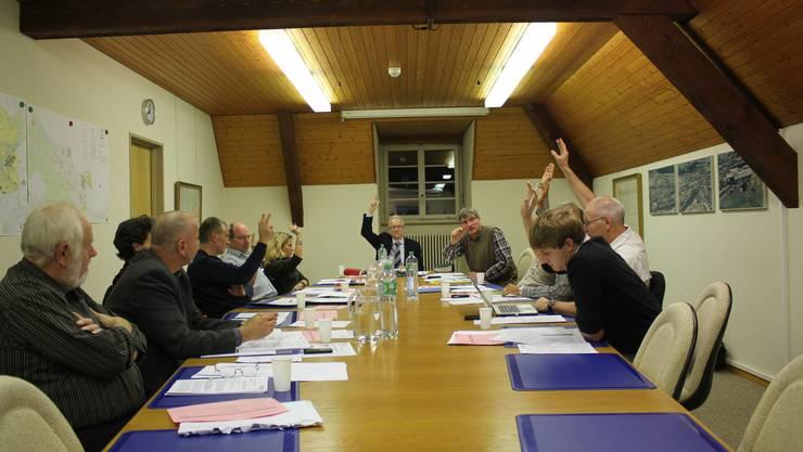 Der Gemeinderat entschied sich mit deutlicher Mehrheit gegen die Steuersenkung. (Archiv)
