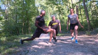 In der letzten Folge dieser Staffel zeigt Dave Dollé den Radiomoderatoren Ramona und Bisang wie man das Training auf dem Vita-Parcours richtig abschliesst.