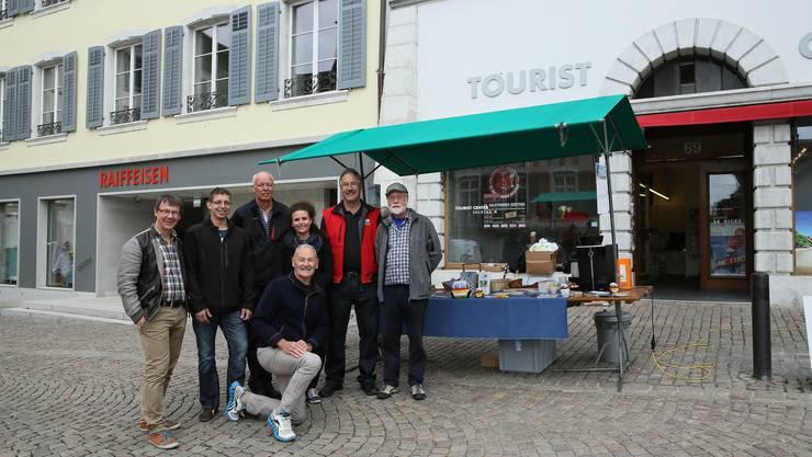 Vertreter des Pro Weissenstein: J. Hofer, F. Schwärzler, U. Stucki, W. Niederberger, W. Bichsel, Nadja Labate, Werner Huber